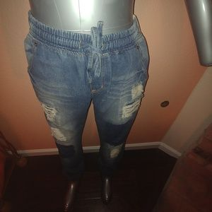 Plus Size Denim Distressed Jeans